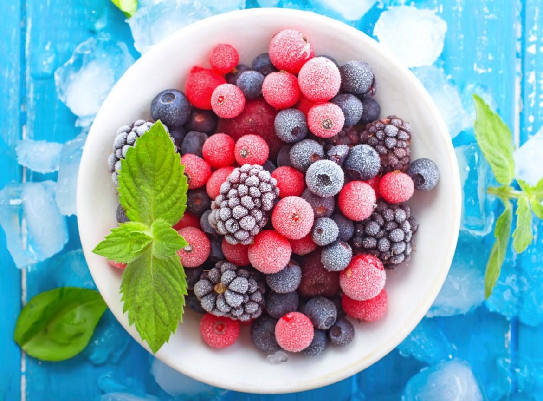 Holly Madison, Frozen Fruit